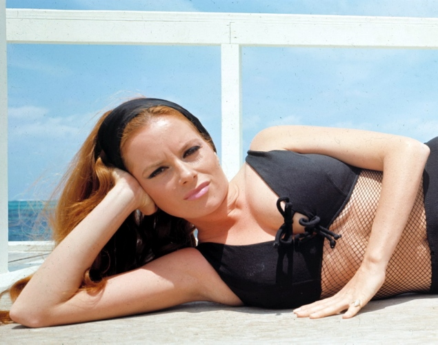 Luciana+Paluzzi+laying+down+in+Thunderball